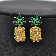 Beautiful Zircon Women's Fashion Earrings (Set of 2)