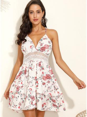 Kwiatowy Nadruk Sukienka Trapezowa Bez Rękawów Mini Nieformalny Wakacyjna Łyżwiaż Modne Suknie