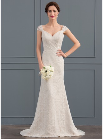 Trumpet/Mermaid Sweetheart Sweep Train Lace Wedding Dress With Ruffle