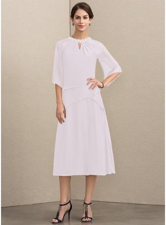 Vestidos princesa/ Formato A Decote redondo Comprimento médio Tecido de seda Vestido para a mãe da noiva com Beading lantejoulas