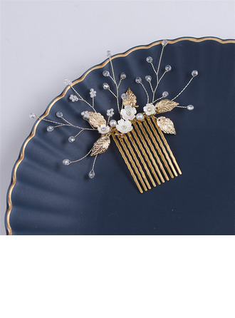 Stylish Alloy Combs & Barrettes With Venetian Pearl (Set of 2)