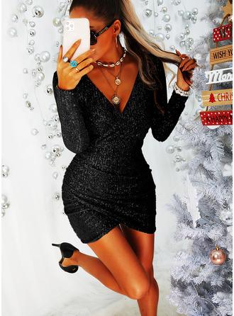 Paljetter Åtsittande Långa ärmar Mini Den lilla svarta Party Modeklänningar