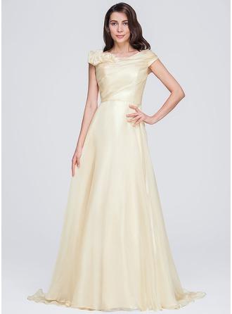 A-Line/Princess Scoop Neck Court Train Organza Evening Dress With Ruffle Flower(s)