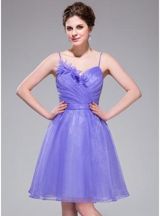 A-Line/Princess Sweetheart Knee-Length Organza Homecoming Dress With Ruffle Flower(s)