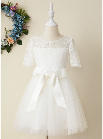 A-Line Knee-length Flower Girl Dress - Tulle/Lace Short Sleeves Scoop Neck (Detachable sash)