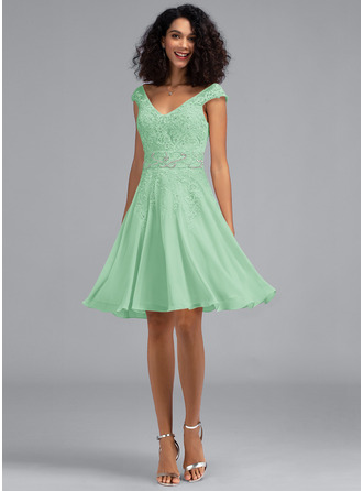 A-Line V-neck Knee-Length Chiffon Homecoming Dress With Beading Sequins
