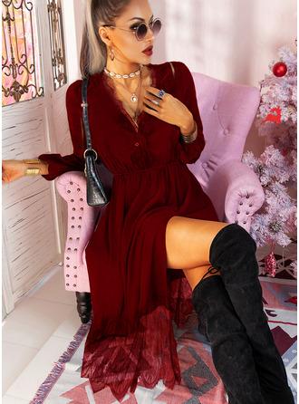 Blonder Solid A-line kjole Lange ermer Midi Lille svarte Avslappet skater Motekjoler