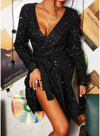 Paljetter Solid A-linjeklänning Långa ärmar Mini Party skater Bolerojackor Modeklänningar