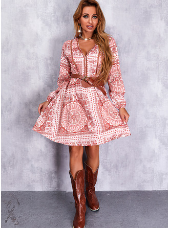 Bloemen A-lijn-jurk Lange Mouwen Mini Casual schaatser ()