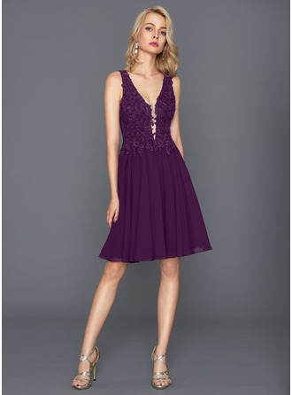 A-Line/Princess V-neck Knee-Length Chiffon Cocktail Dress