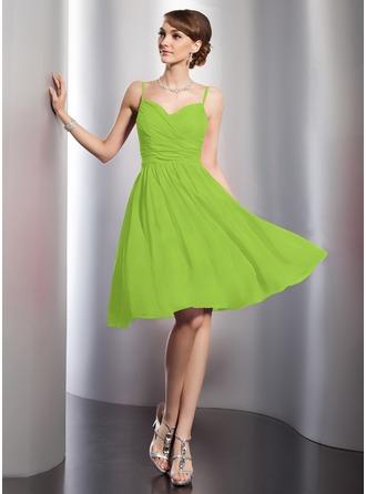 A-Line/Princess Sweetheart Knee-Length Chiffon Homecoming Dress With Ruffle