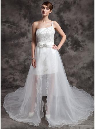 Corte A/Princesa Un sólo hombro Asimétrico Organdí Con lentejuelas Vestido de novia con Bordado Lazo(s)