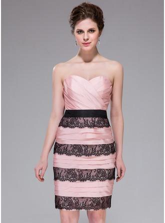 Sheath/Column Sweetheart Knee-Length Taffeta Cocktail Dress With Ruffle Lace
