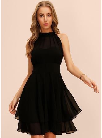 Solid A-linjeklänning Ärmlös Midi Den lilla svarta Party Modeklänningar