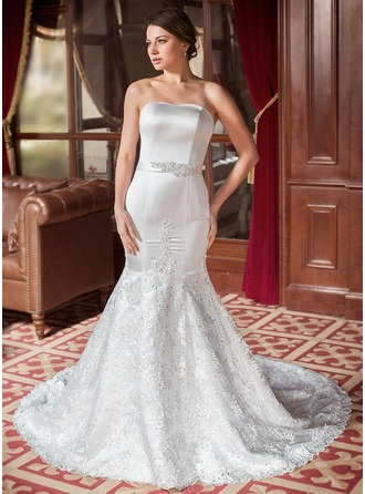 Corte trompeta/sirena Escote corazón Cola capilla Satén Encaje Vestido de novia con Bordado Lentejuelas Lazo(s)