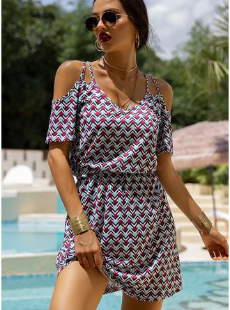 Geométrico Bainha Manga com Ombros à Mostra Mini Boho Casual férias Vestidos na Moda
