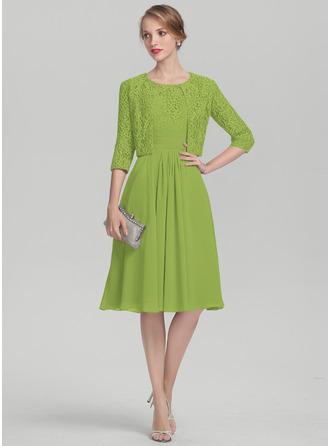 A-Linie U-Ausschnitt Knielang Chiffon Spitze Kleid für die Brautmutter mit Rüschen