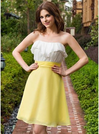 A-Line/Princess Sweetheart Knee-Length Chiffon Bridesmaid Dress With Cascading Ruffles