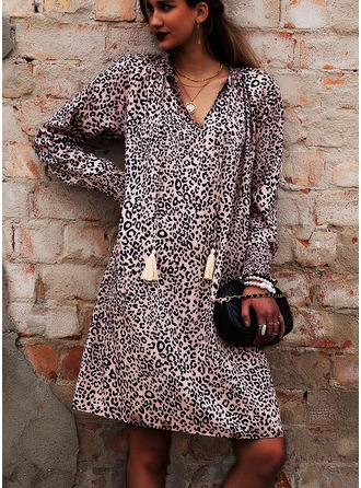Leopard Shiftklänningar Lyktor Ärm Långa ärmar Mini Fritids Semester Tunika Modeklänningar