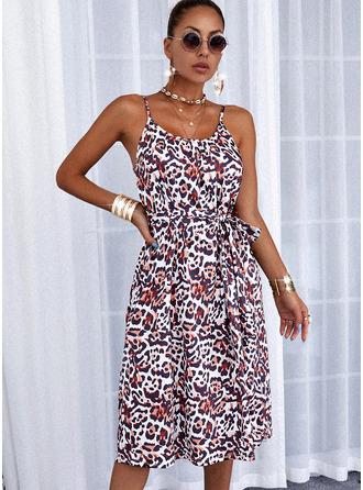 Leopardo Vestido linha-A Sem mangas Midi Casual Skatista Tipo Vestidos na Moda