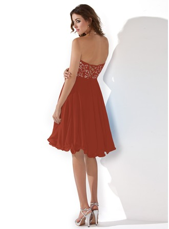 Empire Sweetheart Knee-Length Chiffon Homecoming Dress With Embroidered Beading Sequins