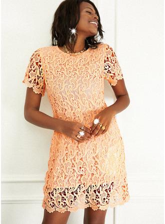 Koronka Jednolity Pokrowiec Krótkie rękawy Mini Nieformalny Modne Suknie