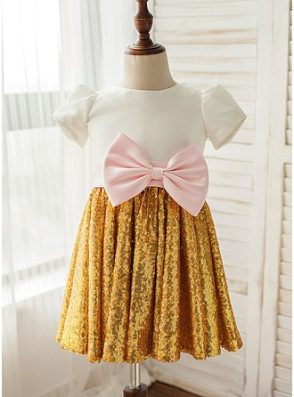A-Line/Princess Knee-length Flower Girl Dress - Satin/Sequined Short Sleeves Scoop Neck With Sequins/Bow(s)