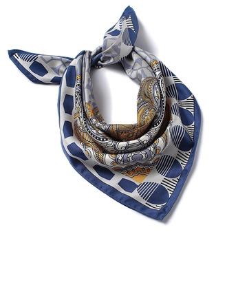 Hals/Quadrat Quadratischer Schal
