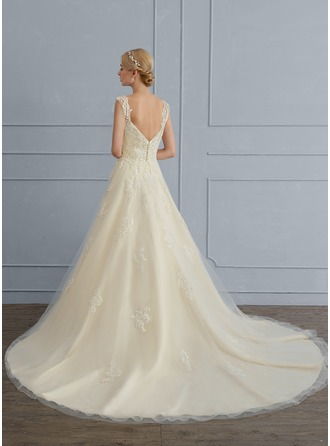 Ball-Gown Sweetheart Court Train Tulle Wedding Dress With Sequins