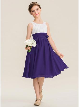 A-Line Scoop Neck Knee-Length Chiffon Junior Bridesmaid Dress With Ruffle Flower(s)