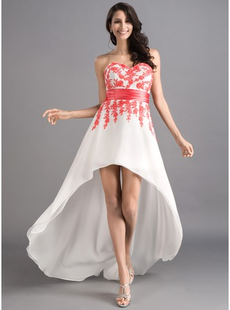 A-Line/Princess Sweetheart Asymmetrical Chiffon Prom Dress With Sash Appliques Lace