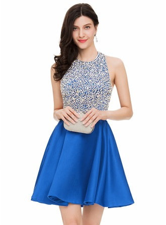 A-Line/Princess Halter Short/Mini Satin Homecoming Dress With Beading Sequins