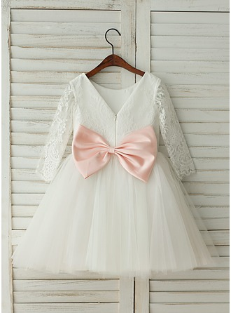 A-Line/Princess Knee-length Flower Girl Dress - Tulle/Lace 3/4 Sleeves Scoop Neck With Bow(s)