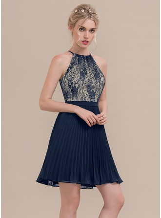 A-Line/Princess Scoop Neck Short/Mini Chiffon Homecoming Dress With Pleated