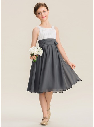 7392eca1f A-Line Scoop Neck Knee-Length Chiffon Junior Bridesmaid Dress With Ruffle  Flower(