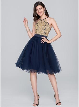 A-Line/Princess V-neck Knee-Length Tulle Homecoming Dress