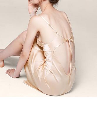 Morsius/Naisellinen Tyylikäs Polyesteri Backless Yöpuvut