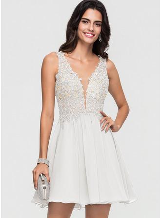 A-Line V-neck Short/Mini Chiffon Homecoming Dress With Beading