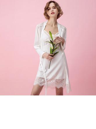 viskon Elyaf Büyüleyici Kadınsı Sleepwear Setleri