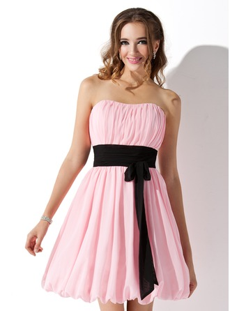 Empire Sweetheart Short/Mini Chiffon Homecoming Dress With Ruffle Sash Bow(s)