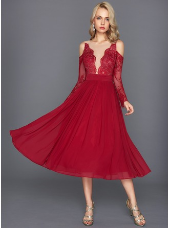A-Line/Princess Scoop Neck Tea-Length Chiffon Cocktail Dress With Ruffle