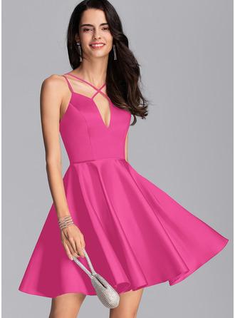 A-Line V-neck Short/Mini Satin Homecoming Dress