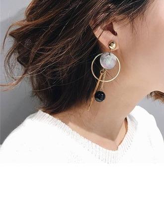Alliage Coquille Femmes Boucles d'oreille de mode