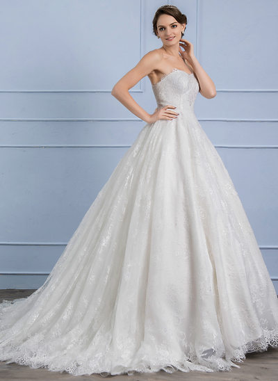 Ball-Gown Sweetheart Court Train Lace Wedding Dress