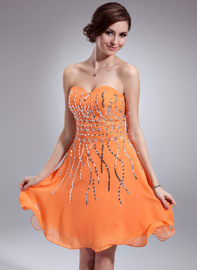 A-Line/Princess Sweetheart Knee-Length Chiffon Homecoming Dress With Sequins