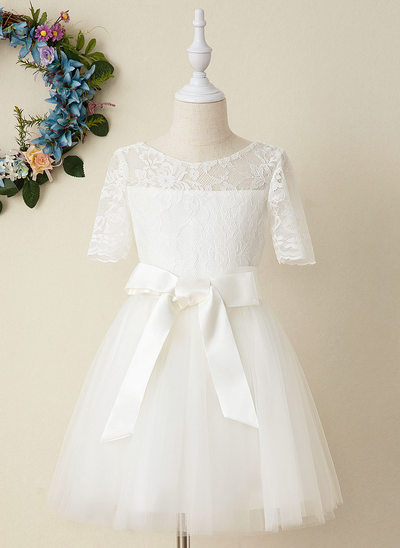 A-Line Knee-length Flower Girl Dress - Tulle/Lace Short Sleeves Scoop Neck (Detachable sash)