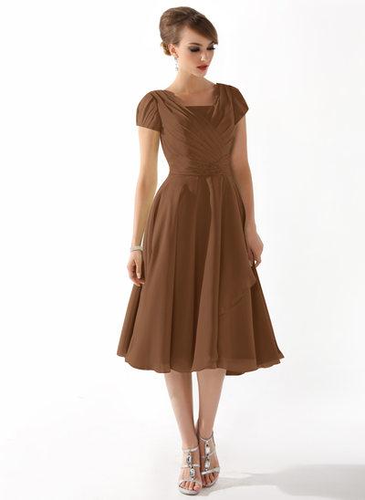 A-Linie/Princess-Linie Rechteckiger Ausschnitt Knielang Chiffon Kleid für die Brautmutter mit Rüschen Perlen verziert