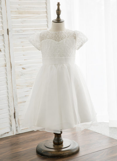 Princesový Po kolena Flower Girl Dress - Organza/Krajka Krátké rukávy Scoop Neck
