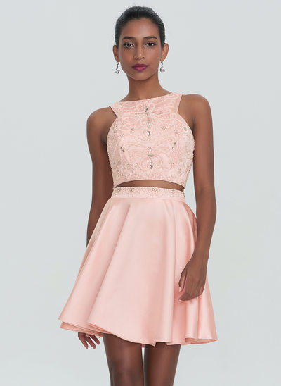 A-Line/Princess Scoop Neck Short/Mini Satin Homecoming Dress With Beading