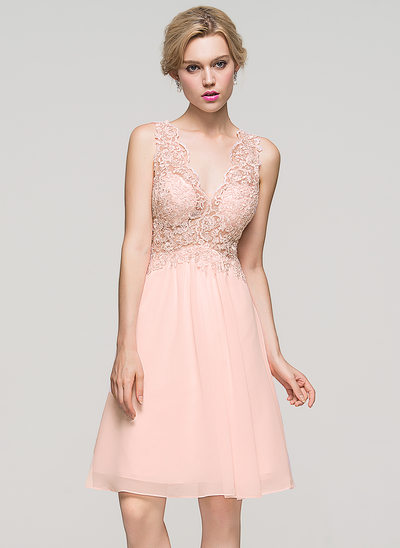 A-Line/Princess V-neck Knee-Length Chiffon Homecoming Dress